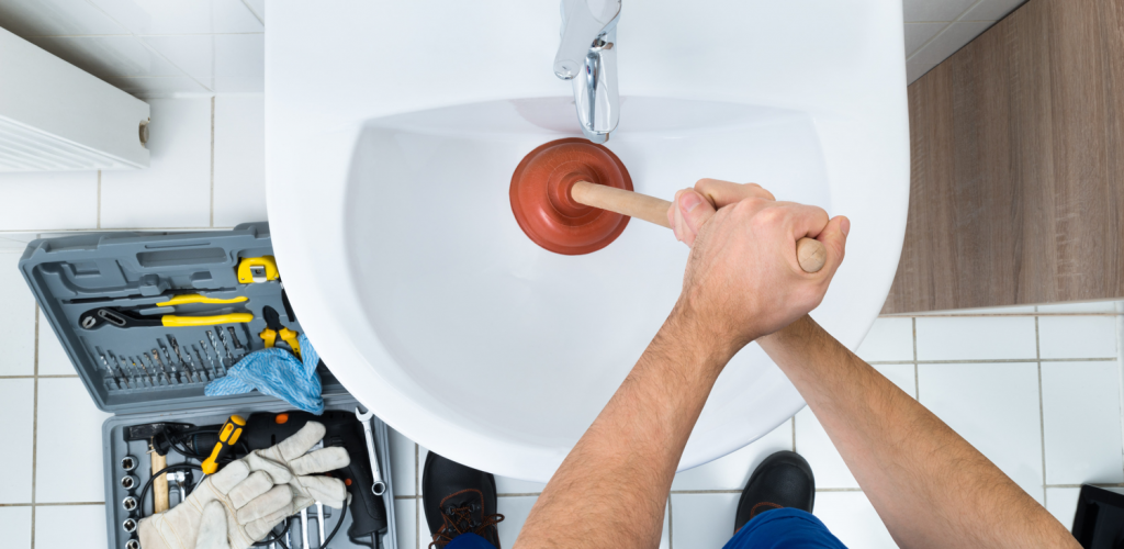 How to unblock your drain before calling the pros - Easy DIY recipes
